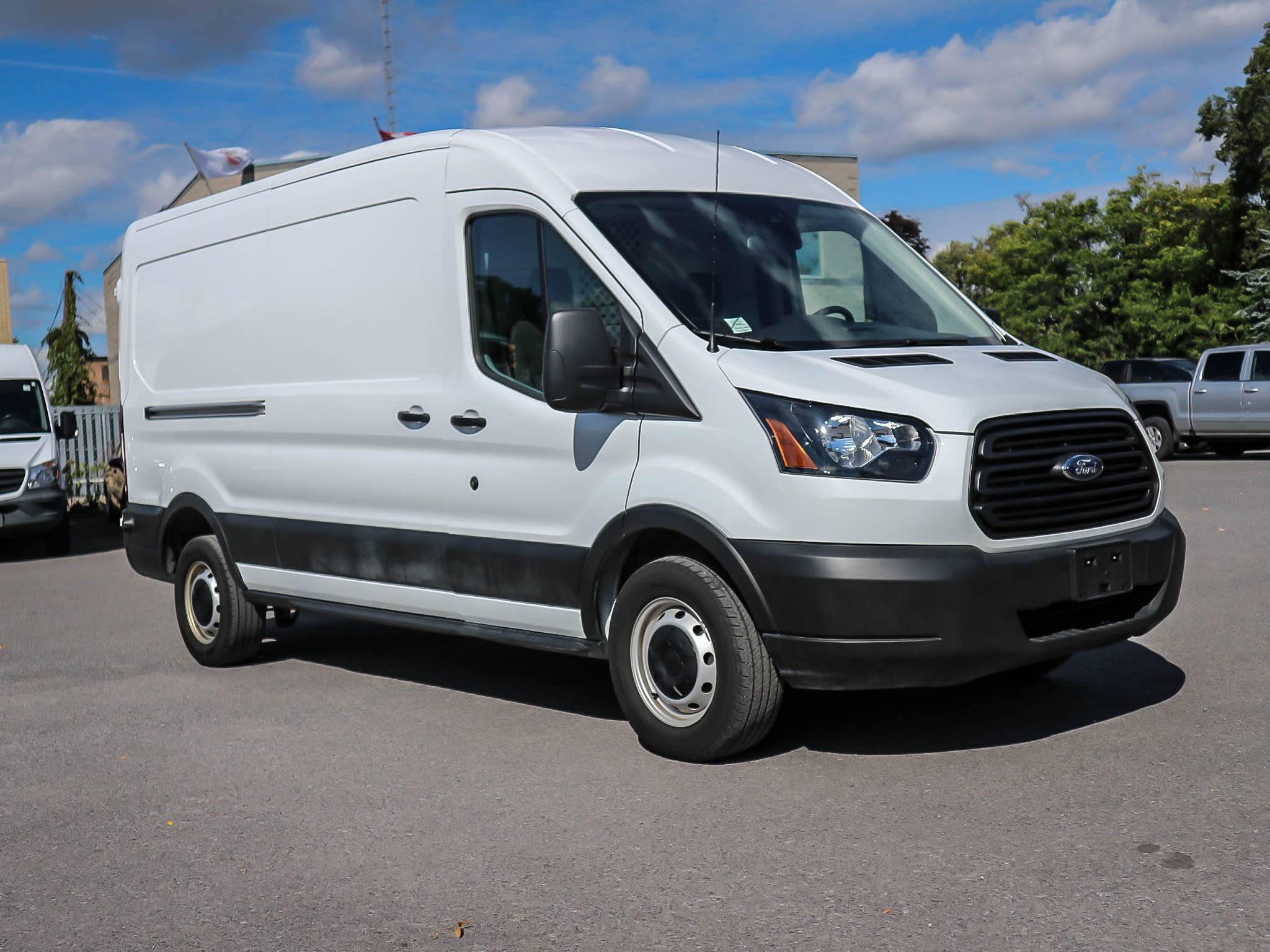 Used 2019 FORD Transit 250  Medium Roof Cargo van